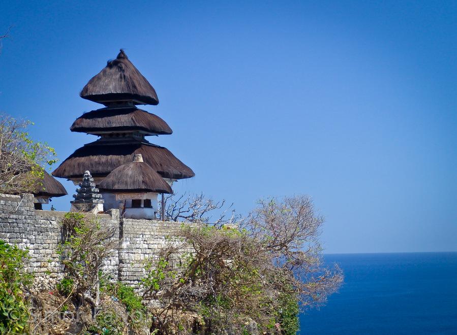 Uluwatu Temple Bali Luxuryasiaholiday Pura Sakenan Kota Denpasar