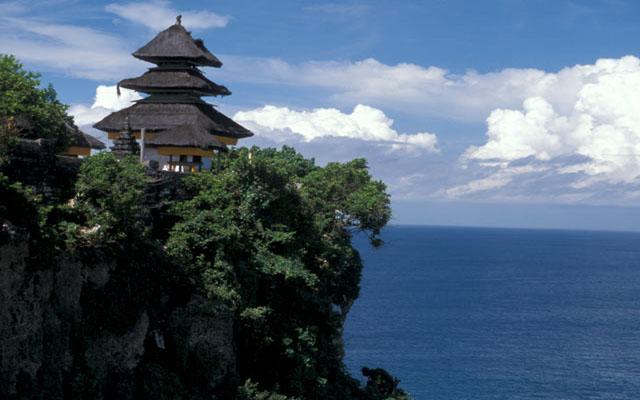 Uluwatu Temple Bali Sun Tours Pura Sakenan Kota Denpasar