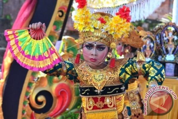Puri Satrya Denpasar Gelar Festival Legong Keraton Antara News Bali