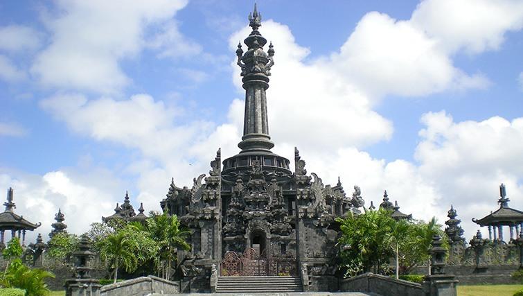 Badung Puputan Park Denpasar Inbali Org Taman Kota
