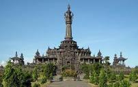 Bersantai Lapangan Puputan Wisata Bali Memperingati Peristiwa Heroik Bersejarah Bagi
