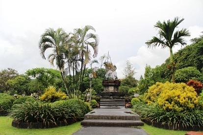 Lapangan Puputan Badung Gusti Agung Monumen Taman Kota Denpasar