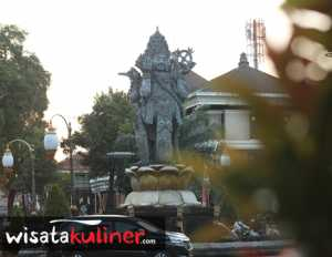 Yuk Rekreasi Hijau Taman Puputan Badung Wisata Kuliner Indonesia Bisa