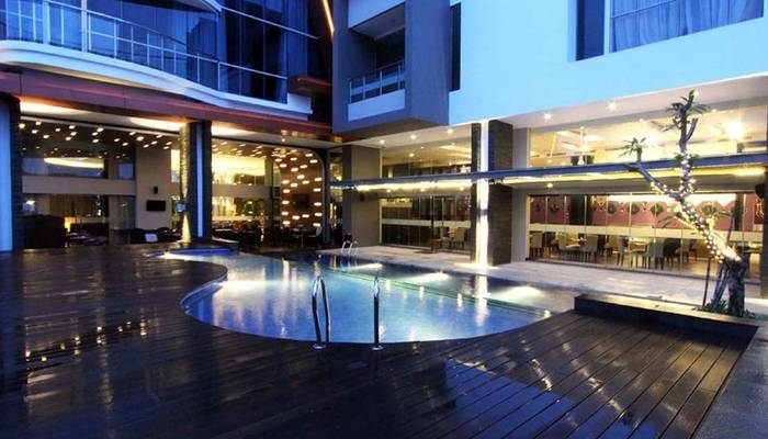 Aston Jambi Hotel Booking Murah Mulai Rp454 400 Kolam Renang