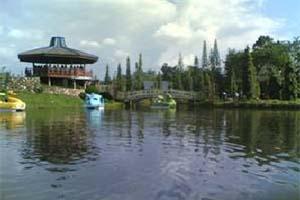 Obyek Wisata Sekitar Jambi Utiket Taman Aci Bali Kota