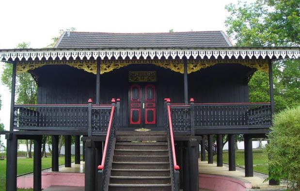 Rumah Panggung Kajang Leko Adat Provinsi Jambi Dtechnoindo Masyarakat Marga