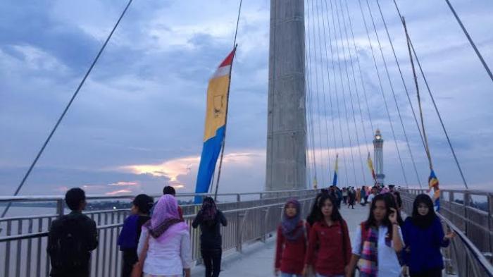 Gentala Arasy Diresmikan Pendapatan Pedagang Tanggo Rajo Meningkat Jembatan Pedestrian