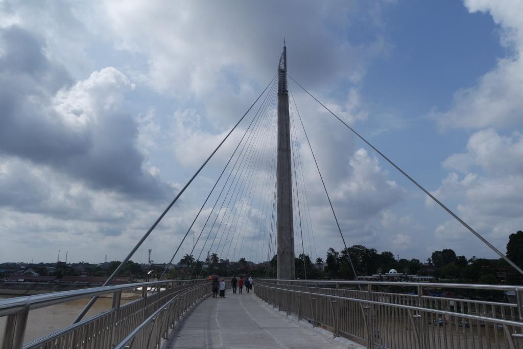 Gentala Arasy Jembatan Khusus Pejalan Kaki Jambi Arsy Pedestrian Kota