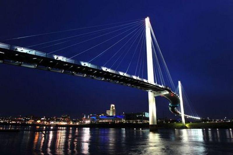 Jembatan Wisata Jambi Senilai Rp 77 Miliar Diresmikan Portal Pedestrian