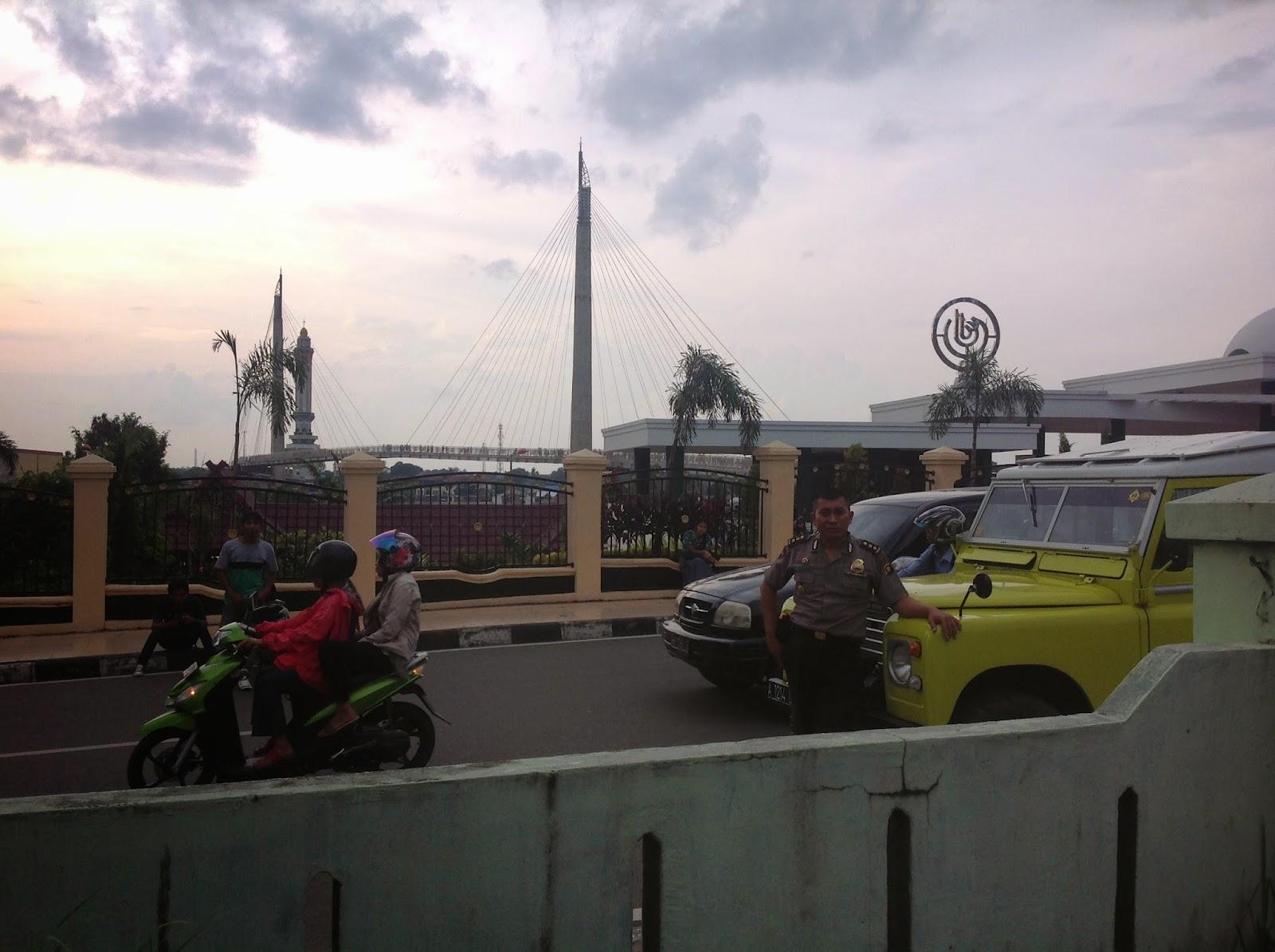 Menara Gentala Arasy Jembatan Pedestrian Ikon Kebanggaan Kota Jambi