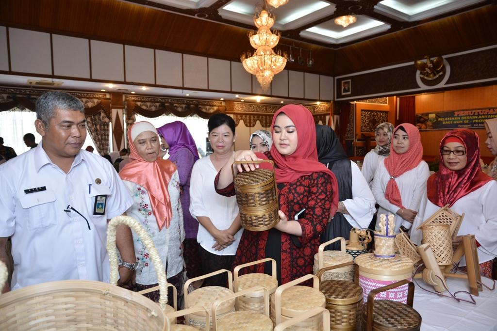 30 Tempat Wisata Populer Jambi Vebma Dekranasda Jalan Sudirman Depan
