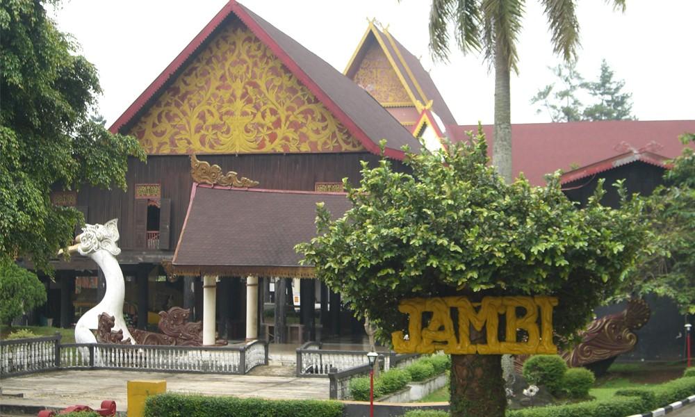Kolam Renang Tepian Rajo Wisatamu 5 Tempat Wisata Kota Jambi