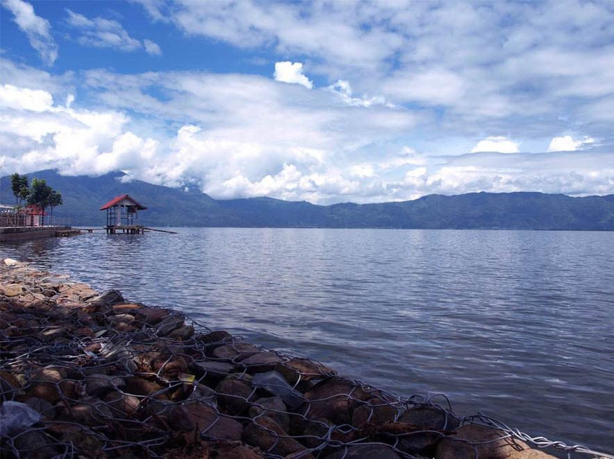 Tempat Wisata Jambi Wajib Dikunjungi Danau Kerinci Kolam Renang Tepian