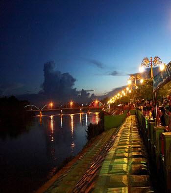 Tempat Wisata Jambi Wajib Dikunjungi Taman Tanggo Rajo Kolam Renang