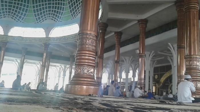 Benar Nggak Sih Masjid Al Falah Tiangnya Miliki Seribu Tiang