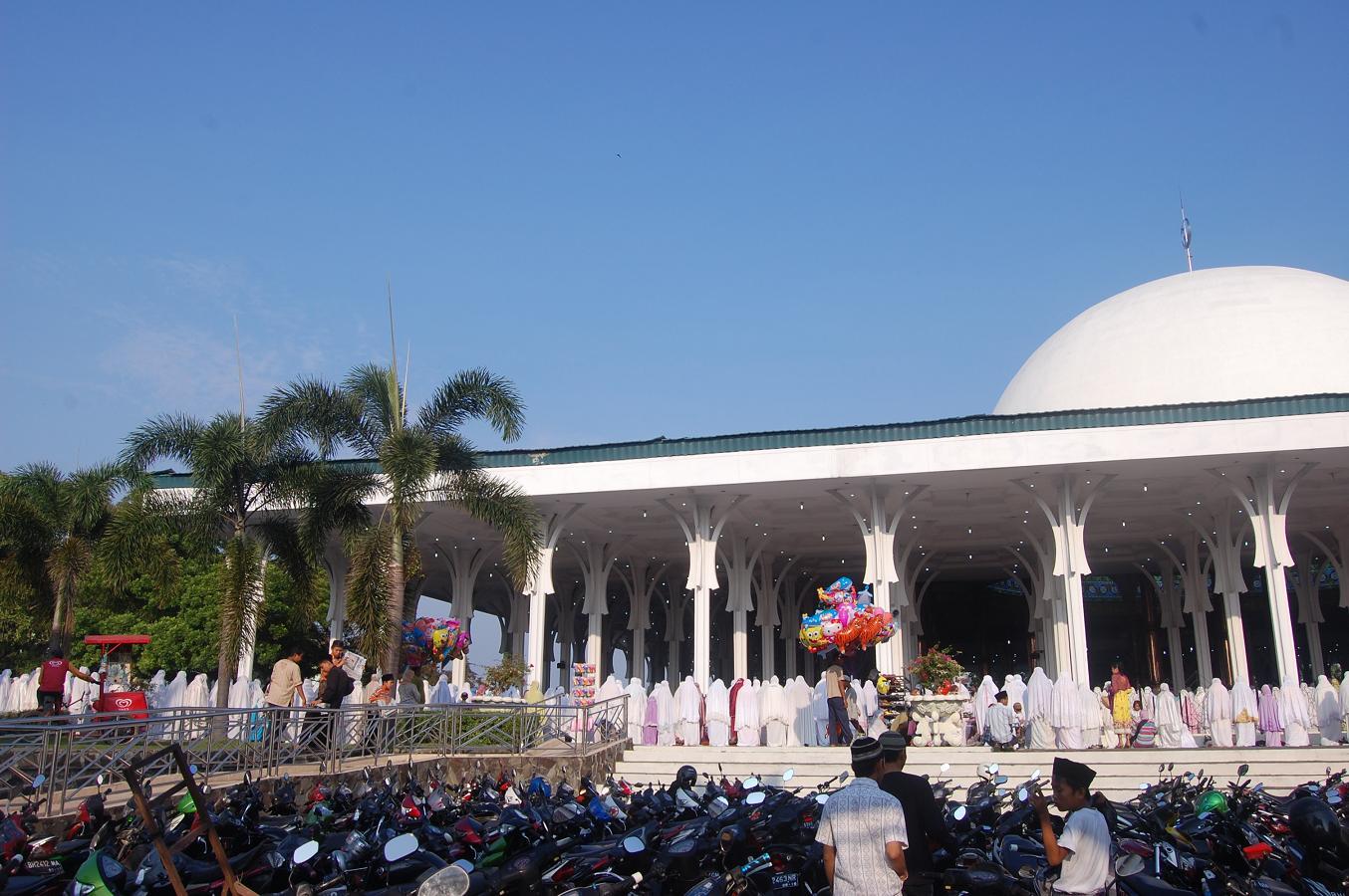 Beritaku Sholat Idul Adha Masjid Agung Alfalah Jambi Berjalan Hikmat