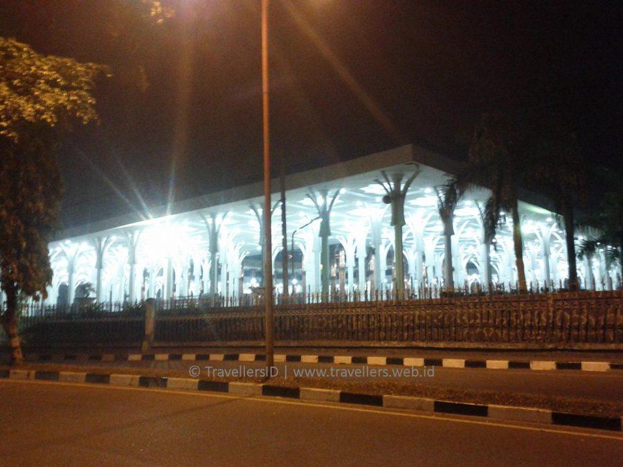 Blog Masjid Seribu Tiang Berkonsep Ramah Penuh Sejarah Bagian Luar