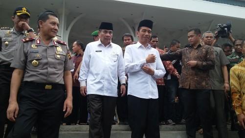 Jokowi Shalat Jumat Masjid Agung Al Falah Kota Jambi