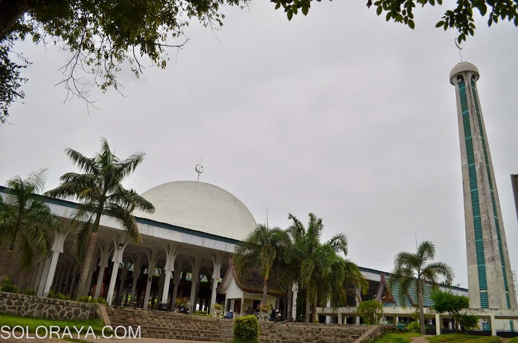 Keindahan Masjid Seribu Tiang Aengaeng Alfalah Jambi 4 Rosenmanmanihuruk Agung