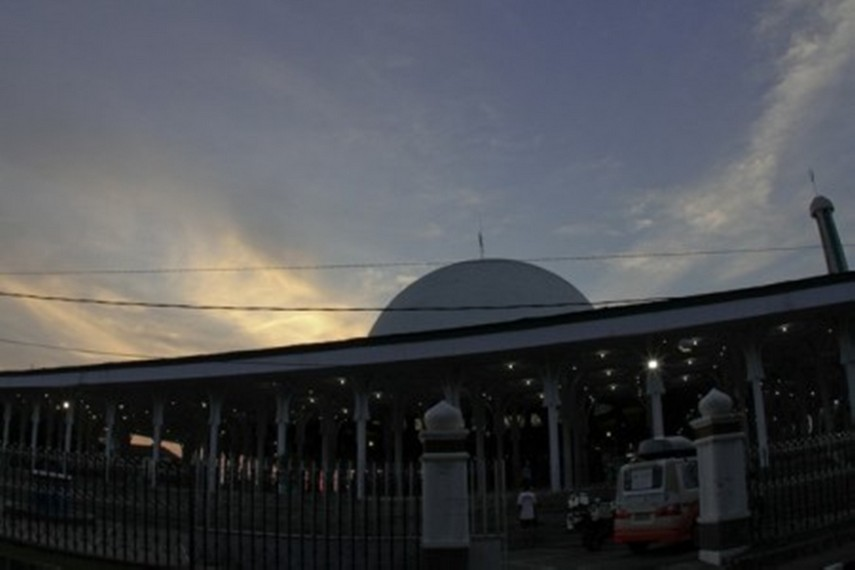 Masjid Agung Al Falah Indonesiakaya Eksplorasi Budaya Jambi Bagian Depan