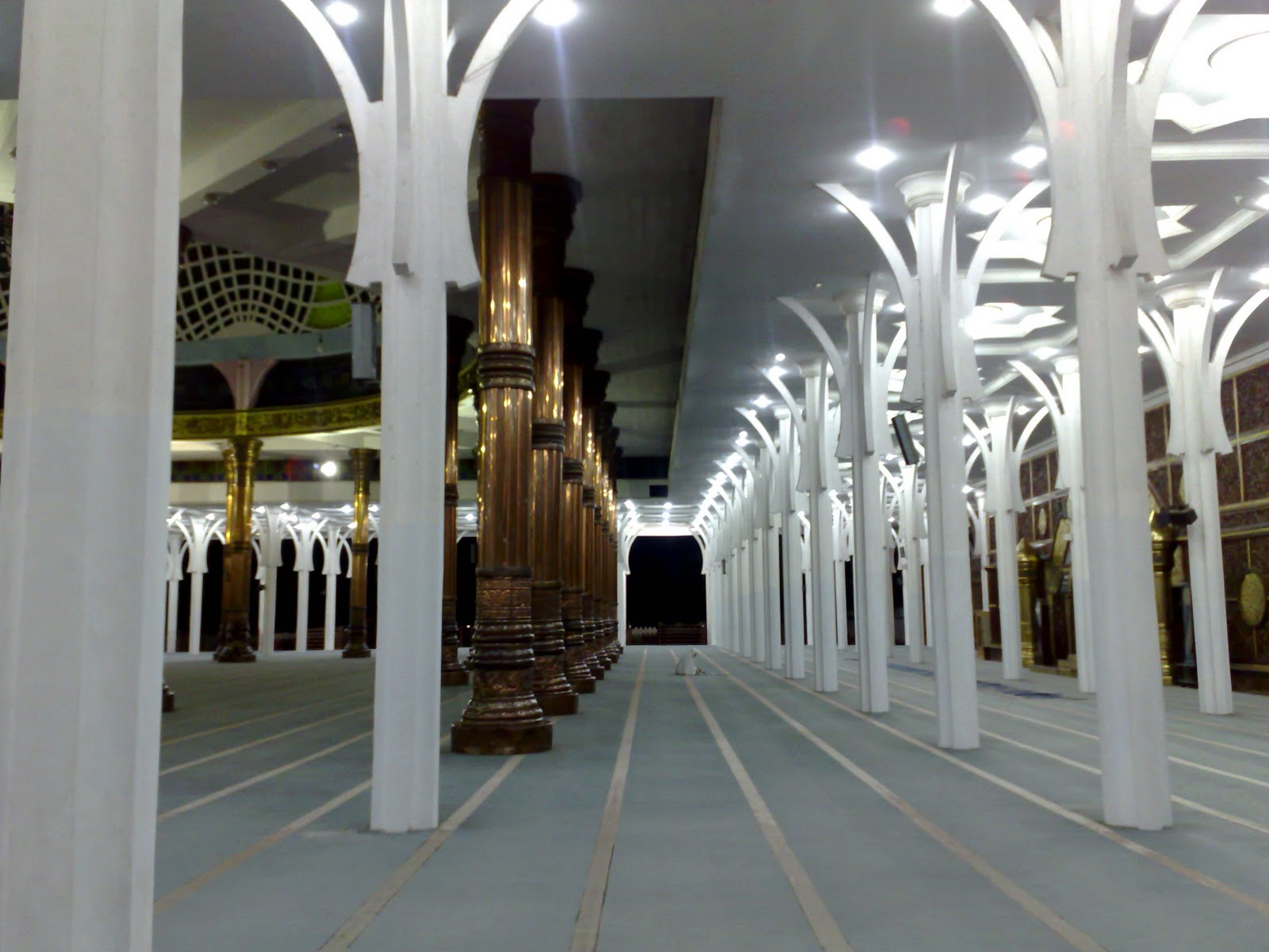 Masjid Agung Al Falah Jambi Seribu Tiang Rumah Alloh Dua