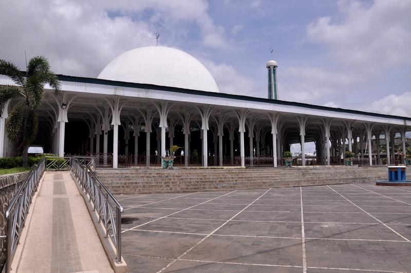 Masjid Agung Al Falah Wikipedia Bahasa Indonesia Ensiklopedia Bebas Kota