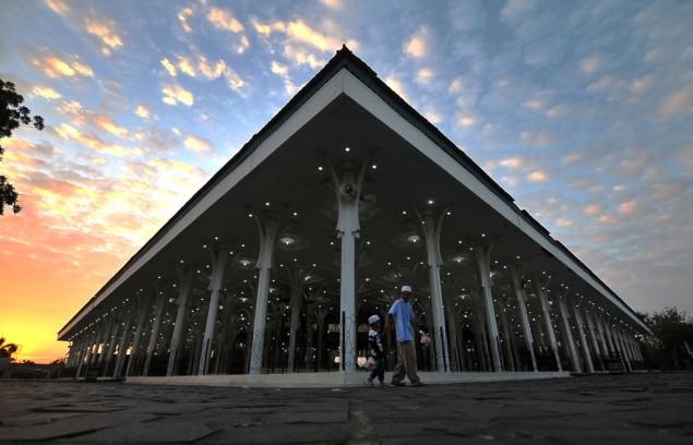 Pernak Pernik Ramadan Masjid Seribu Tiang Jejak Kesulta Kesultanan Jambi