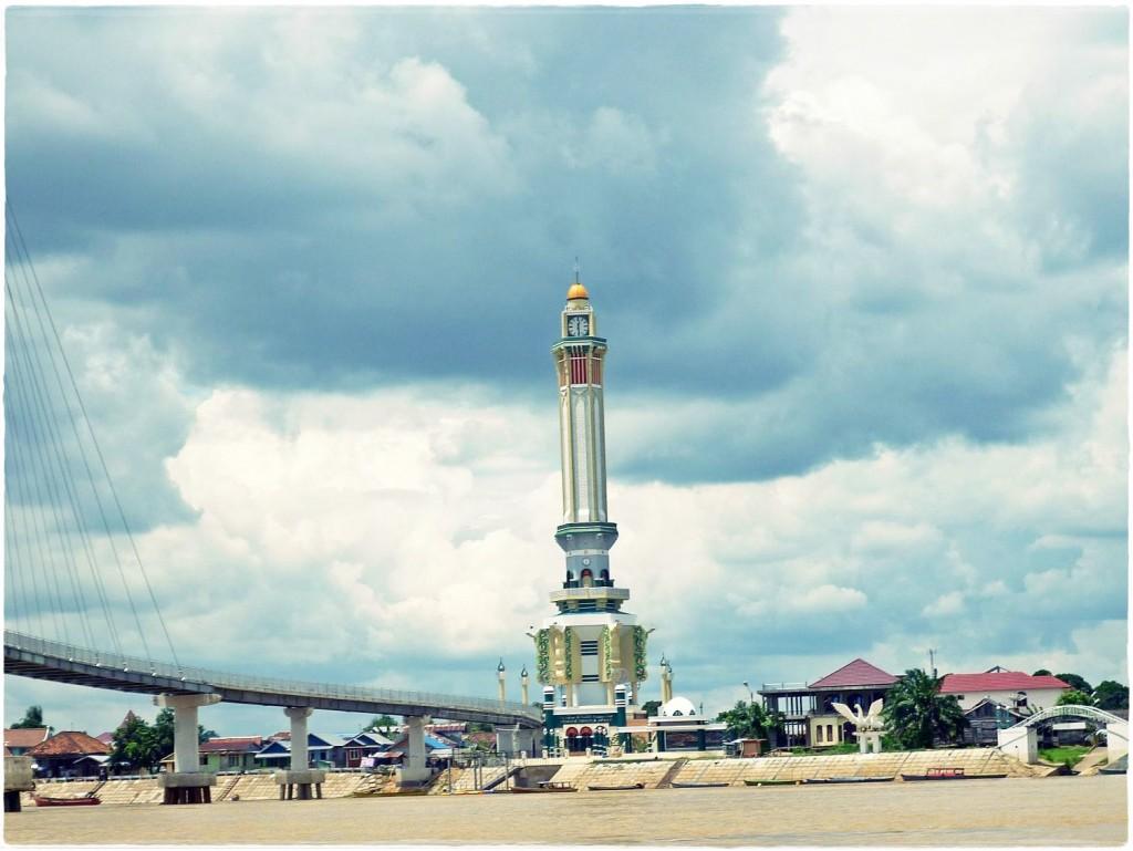 Gentala Arasy Backpacker Jakarta 4 Menara Kota Jambi