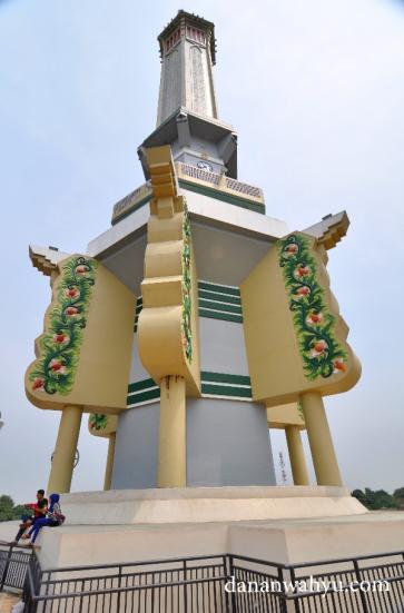 Gentala Arasy Menara Histori Sisi Batanghari Dananwahyu Meski Pekan Sempat