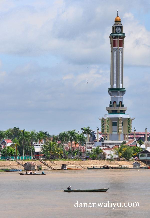 Gentala Arasy Menara Histori Sisi Batanghari Dananwahyu Seberang Kota Jambi
