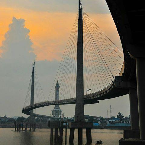 Jambi Taujambi Instagram Photos Videos Kotaku Kebanggaanku Menara Jembatan Pedestrian