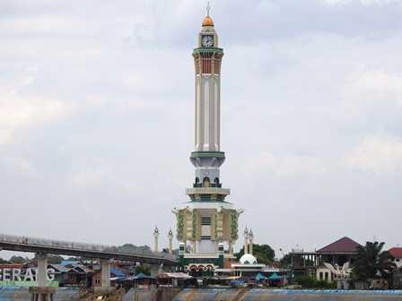 Meniti Jembatan Gentala Arasy Jambi Oleh Dizzman Kompasiana Menara Seberang