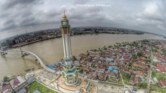 Wapres Bandingkan Gentala Arasy Menara Eifel Tribun Jambi Kota