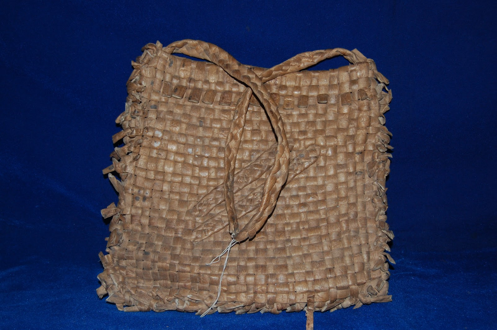 Artalentalleart Anyaman Kuno Koleksi Museum Negeri Jambi Kota