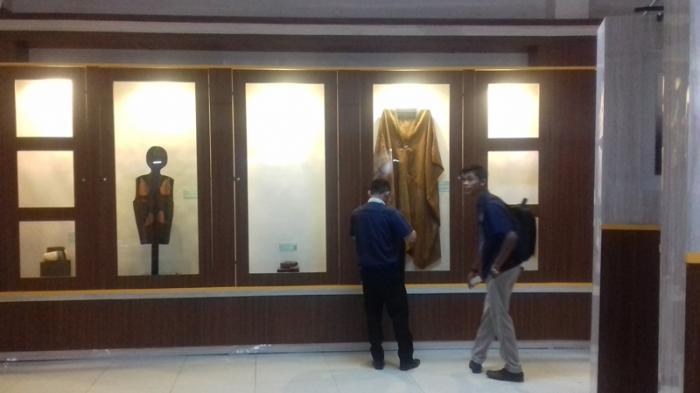 Mengintip Koleksi Museum Gentala Arasy Jambi Uang Pengunjung Melihat Tribun