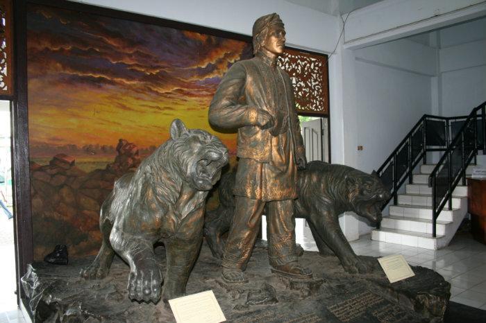 Museum Perjuangan Rakyat Jambi Tempat Dulu Namanya Lapangan Benteng Negeri