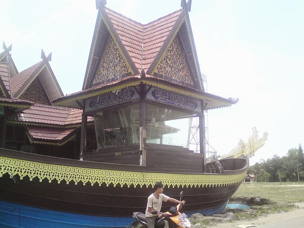 Tempat Kunjungan Wisata Kota Jambi Seputaran Taman Mini Museum Negeri