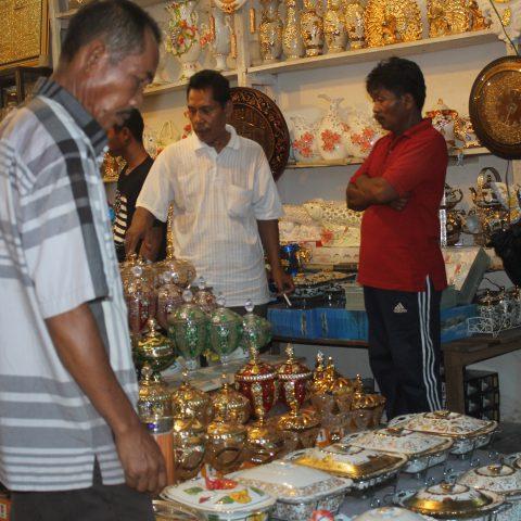Blog Grid Laman 62 Dinas Pasar Kota Jambi Keramik Sitimang