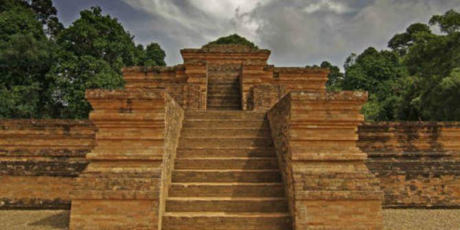 Kembaran Monas Sampai Candi Terluas Se Indonesia Jambi Muaro Foto