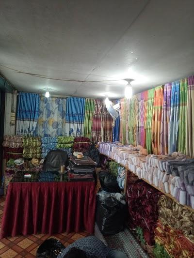 Pasar Keramik Sitimang Jambi Kota