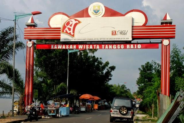 Sepucuk Jambi Sembilan Lurah Destinasi Wisata Kota Pasar Keramik Sitimang