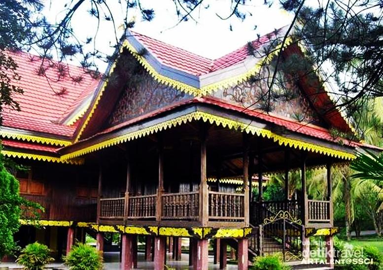 Tempat Wisata Menawan Jambi Eloratour Taman Rimba Anggrek Sri Soedewi