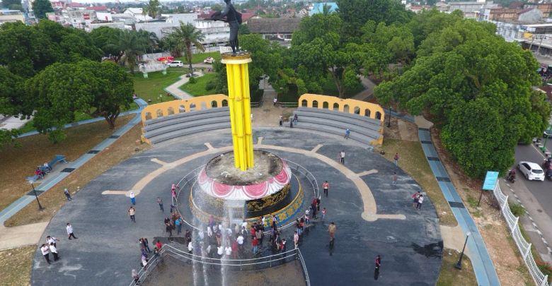 Didampingi Dinas Pupr Gubernur Zola Tinjau Taman Tugu Juang Salam