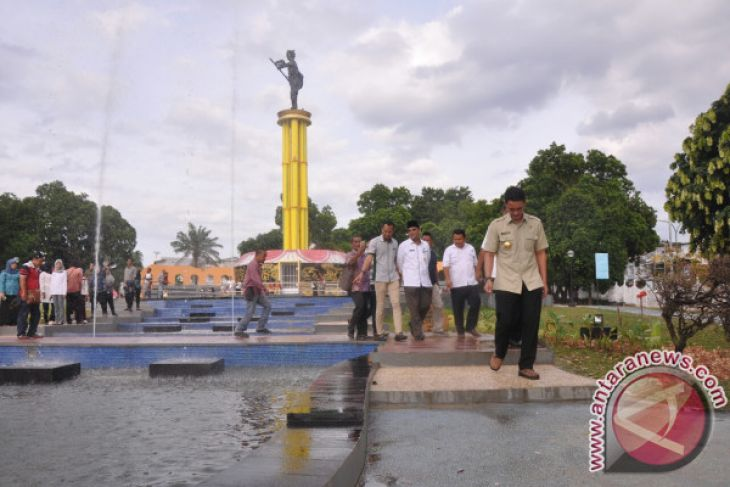 Tugu Juang Simbol Perjuangan Rakyat Jambi Antara News Sipin Kota