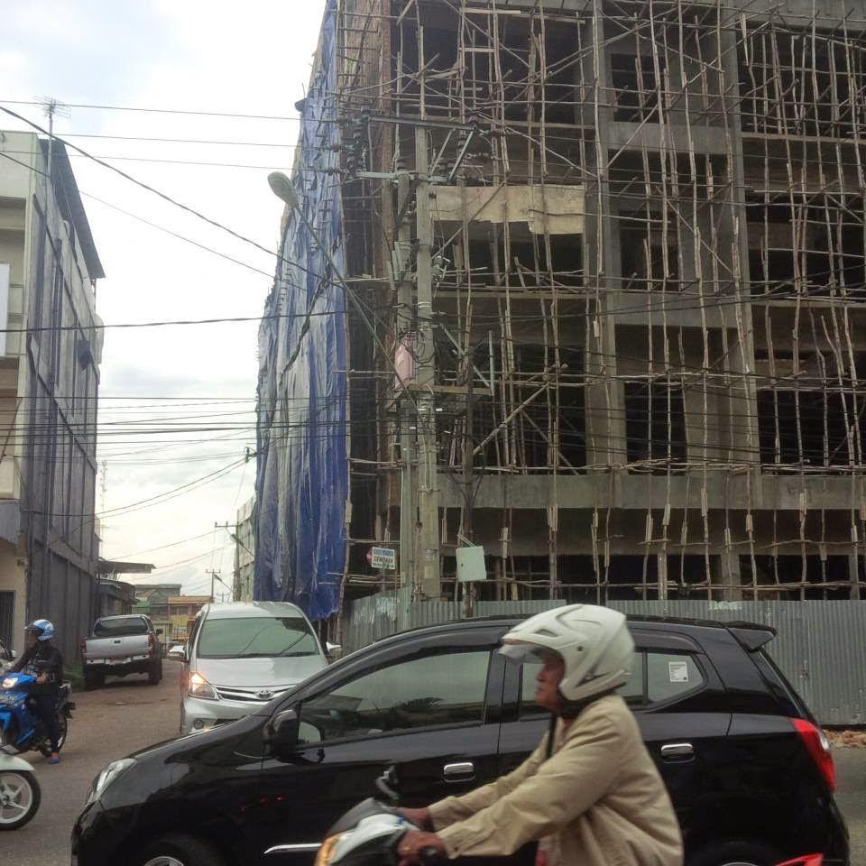 Beritaku Ruko Disulap Jadi Hotel Bertingkat 6 Diduga Salahi Perda