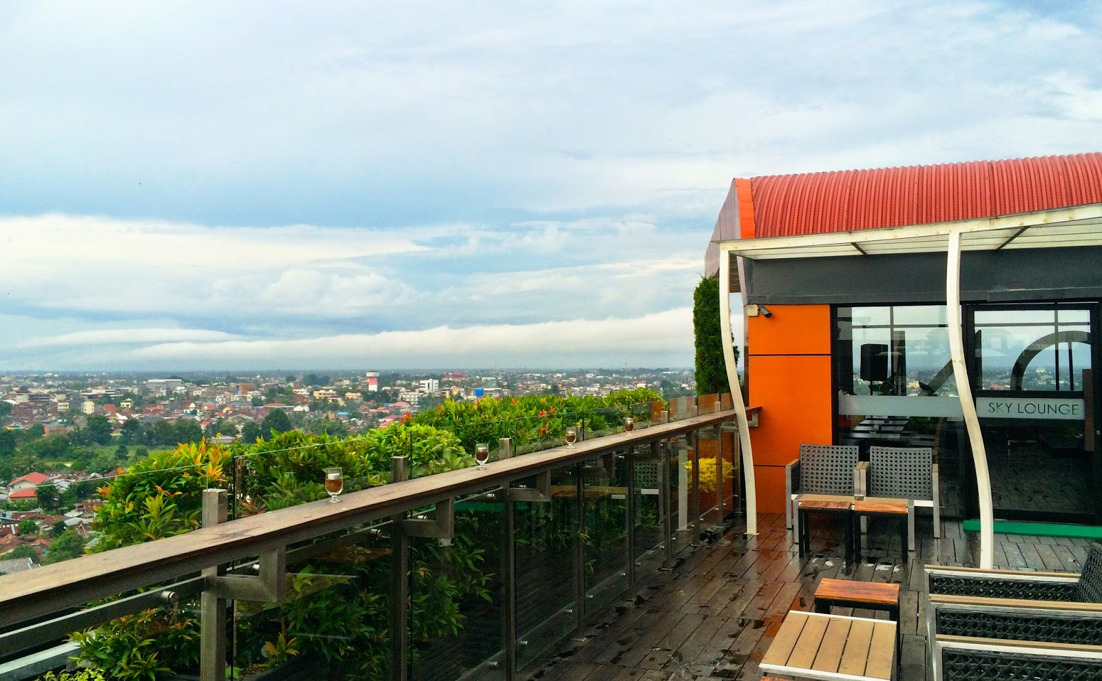 Jalan Kota Jambi Sehari Adambition Setelah Menunggu Malam Sky Lounge