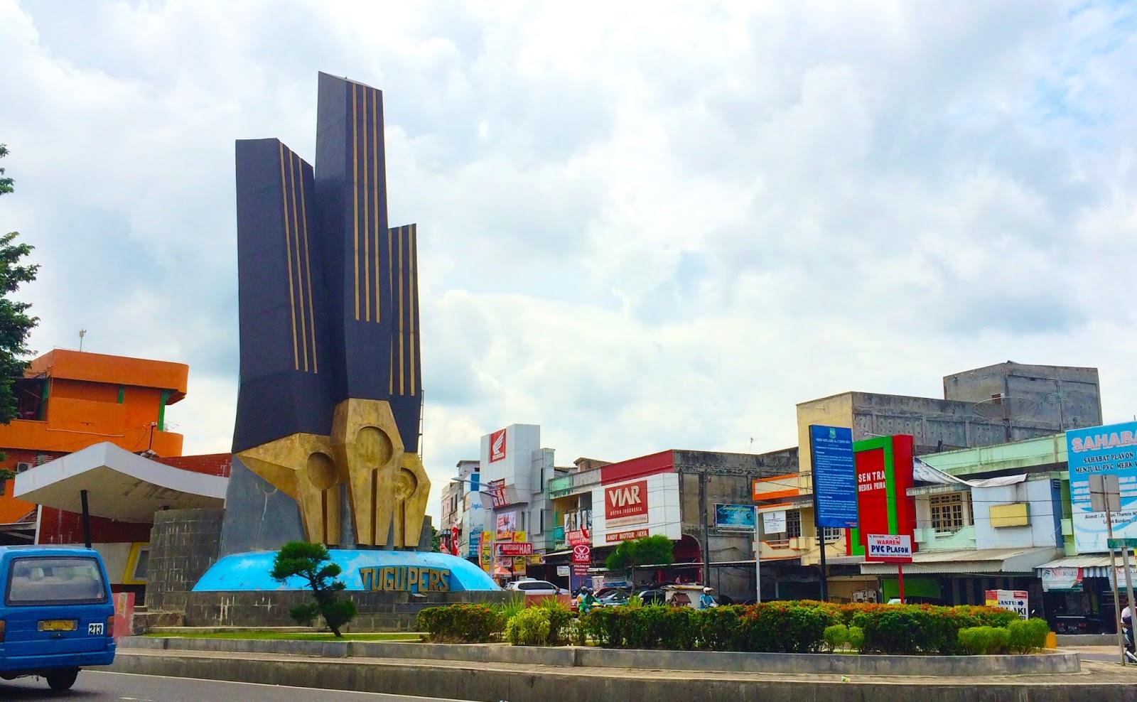 Jalan Kota Jambi Sehari Adambition Yup Tugu Pers Sepertinya Salah