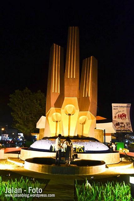 Pesona Kota Jambi Part 2 Jalanblog Tugu Pers