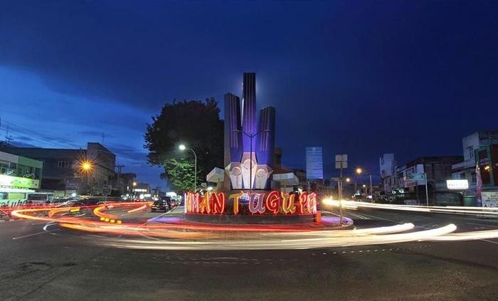 Sakti Alam Watir Ajak Wartawan Foto Jambi Pamerkan Karya Tugu