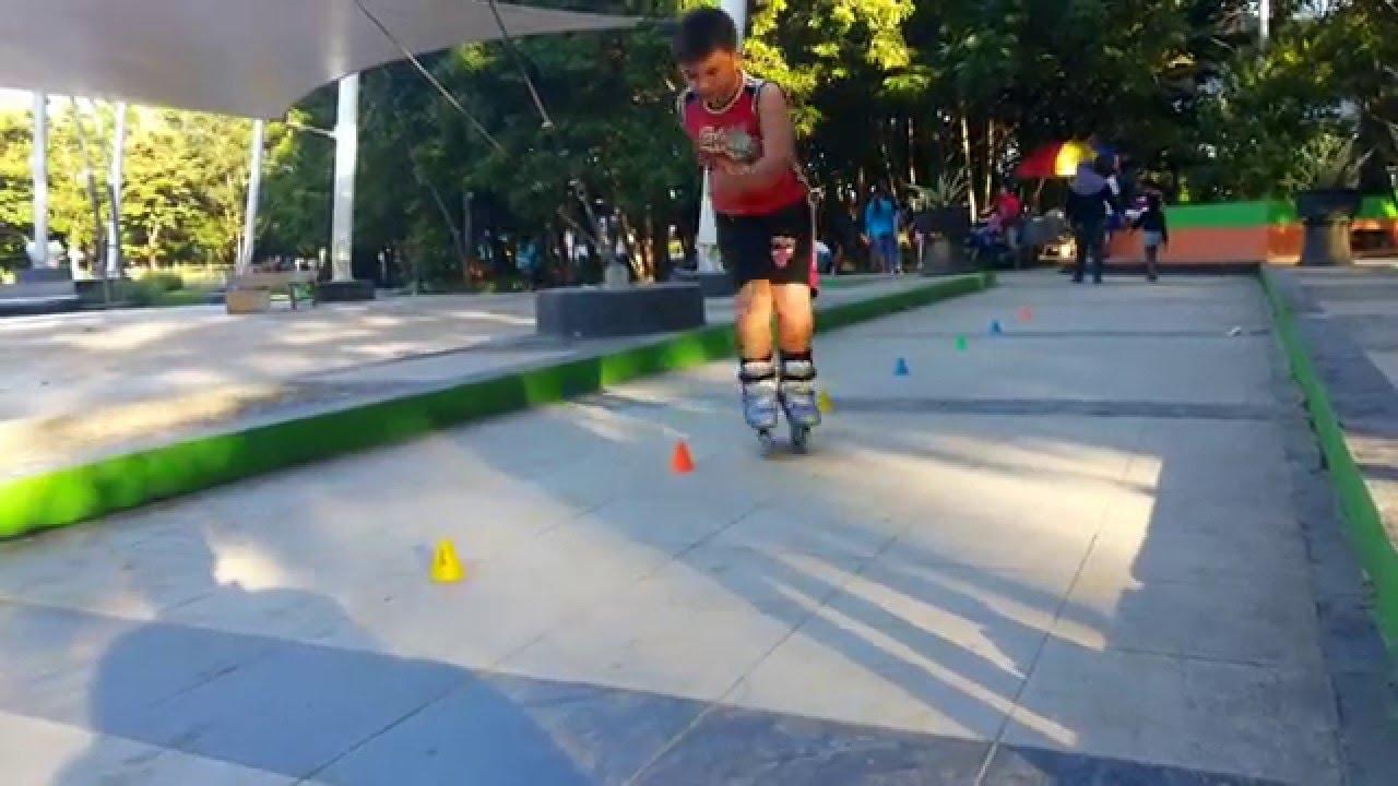 Aksi Sepatu Roda Taman Kota Kendari Youtube